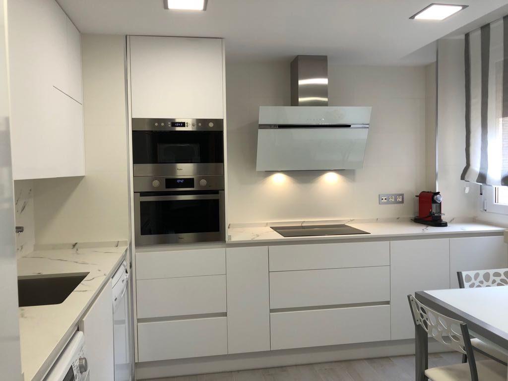 5 ideas para tener una cocina moderna - Imagenes de cocinas integrales pequenas modernas ...
